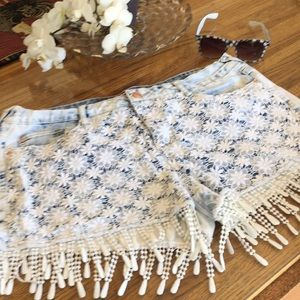 Lei low rise Lacey shorts
